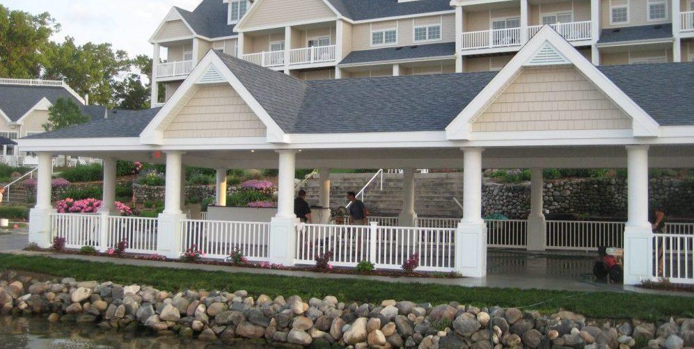 Bay Pointe Inn and Restaurant